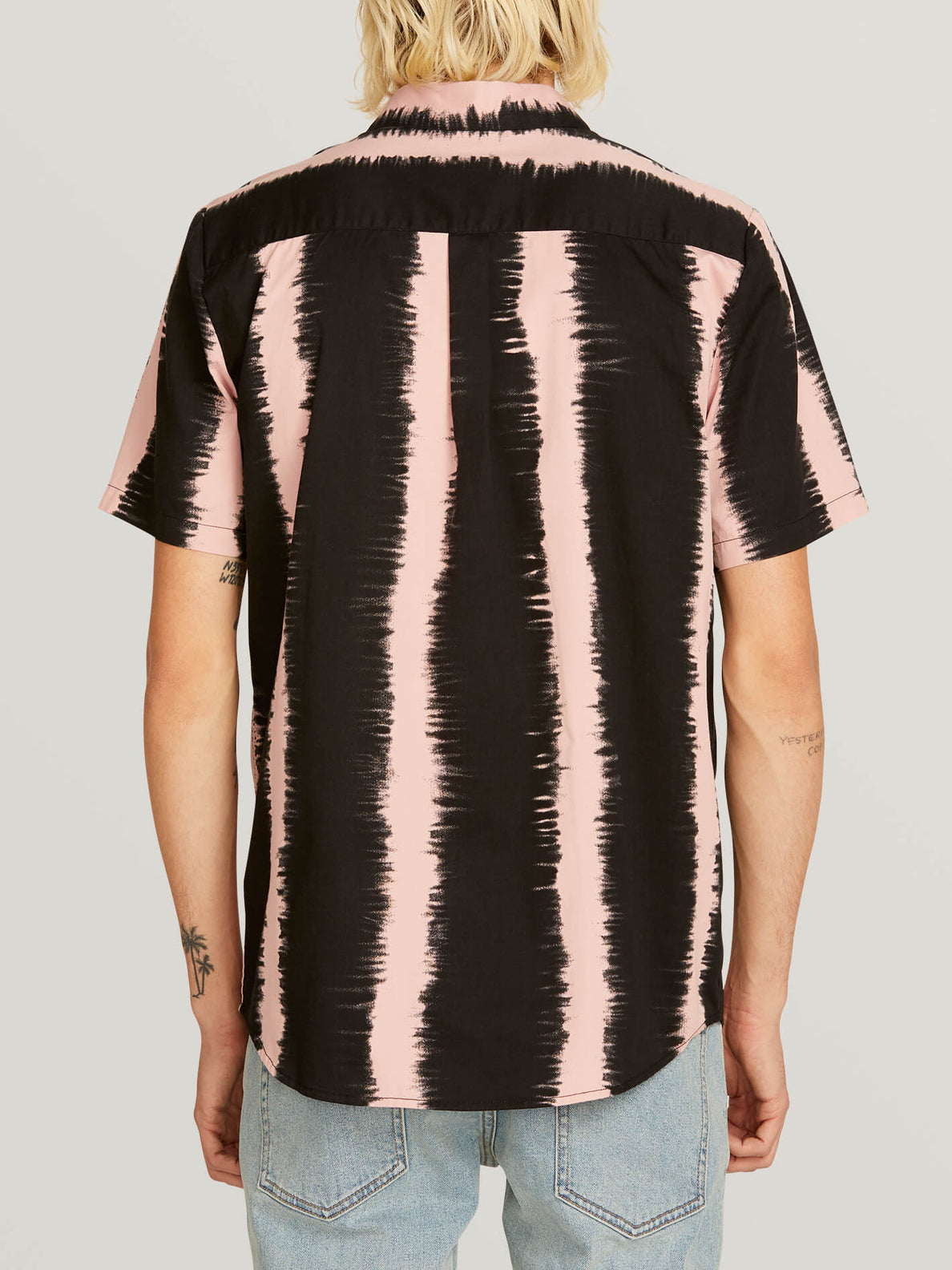 Fade This Short Sleeve Shirt In Light Mauve, Back View