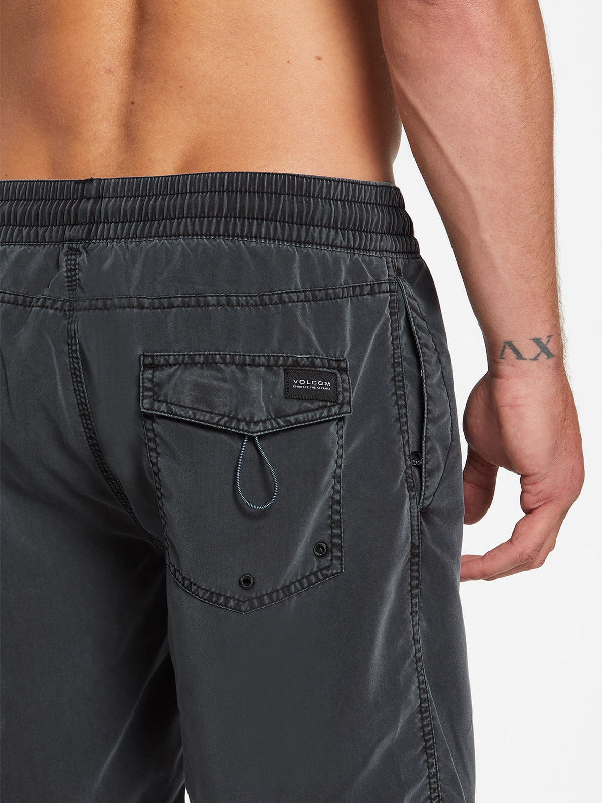 Center Trunks - Black (A2512004_BLK) [4]