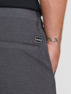 V Surf N' Turf Dry Hybrid Shorts - Black