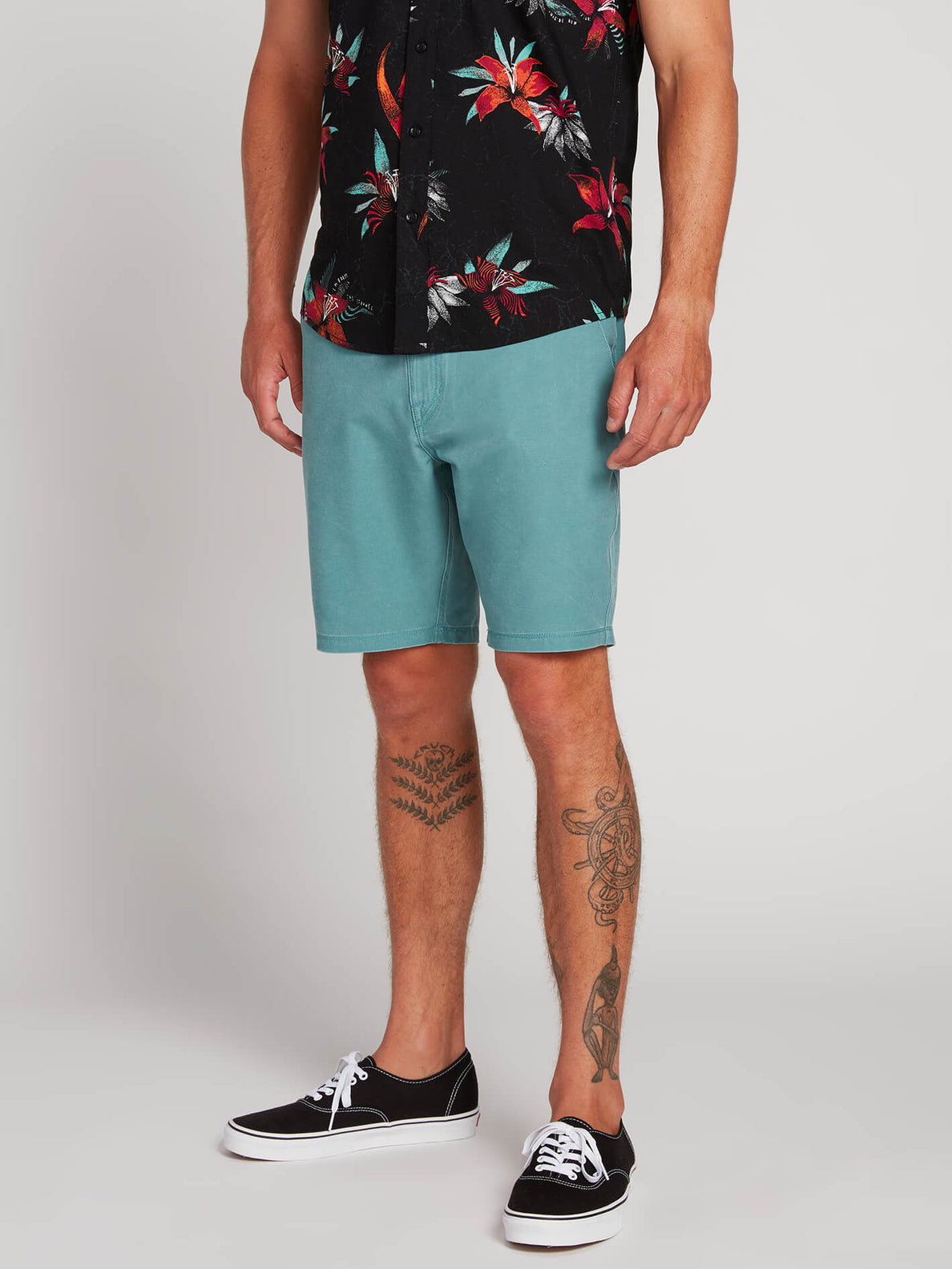 Surf N' Turf Faded Hybrid Shorts - Agave (A3211903_AGV) [1]