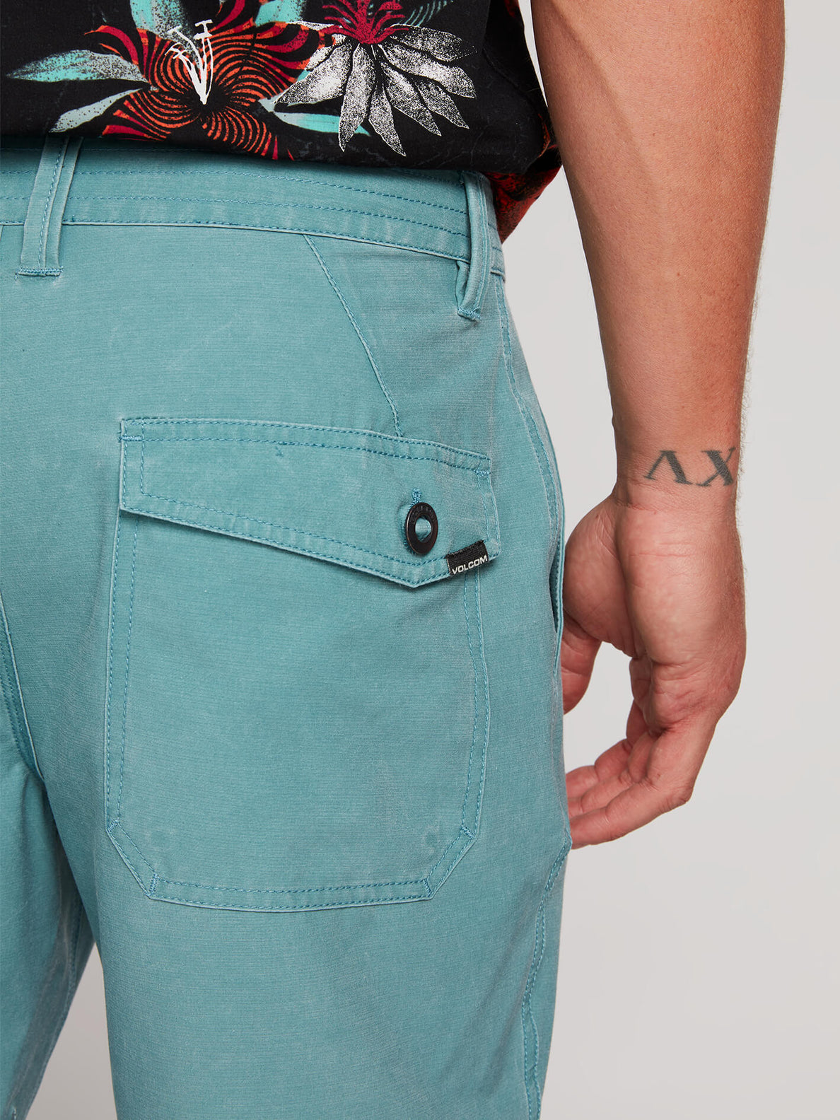 Surf N' Turf Faded Hybrid Shorts - Agave (A3211903_AGV) [4]