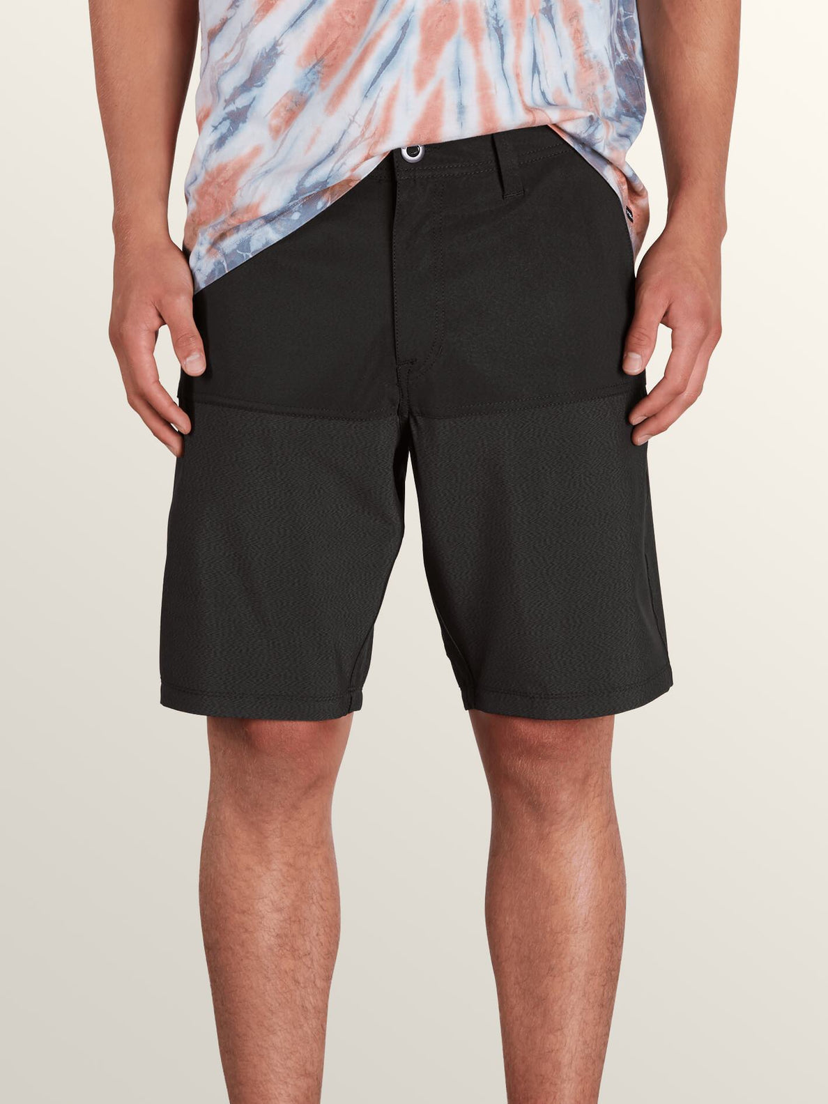 Surf 'N Turf Hybrid Block Hybrid Shorts In Black, Front View