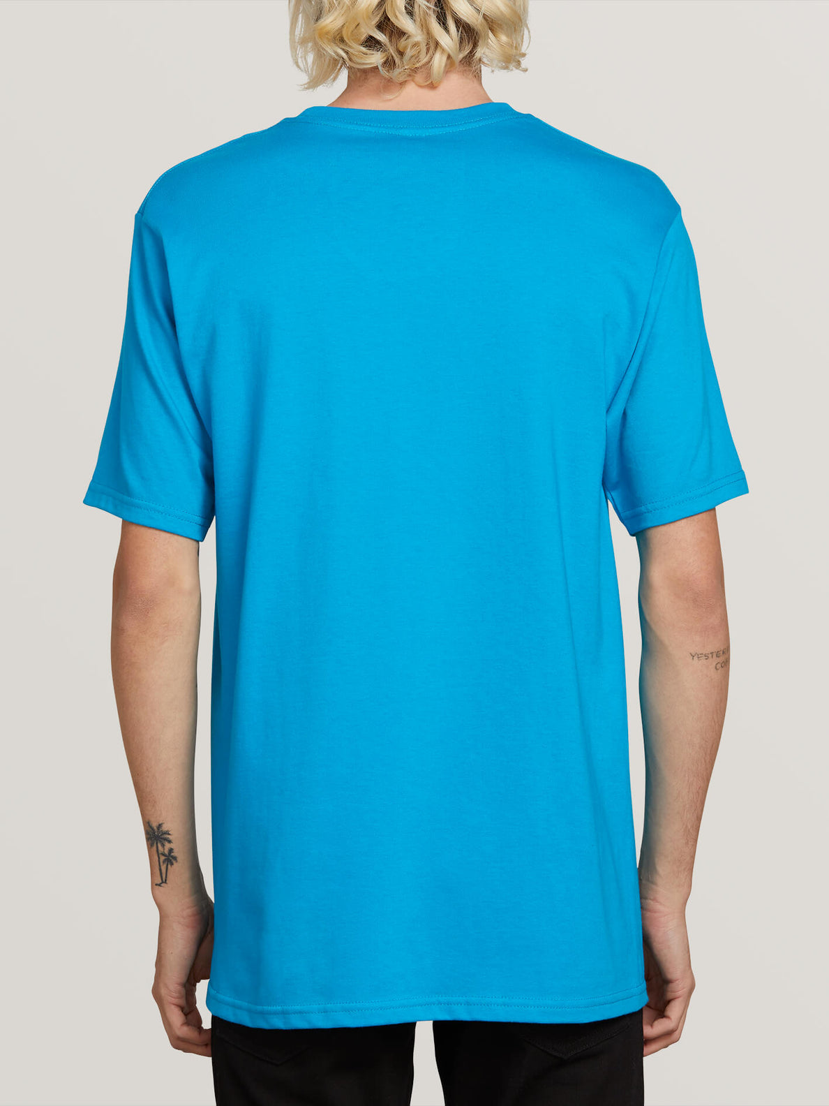 Winged Peace Short Sleeve Pocket Tee In Bright Blue, Back View