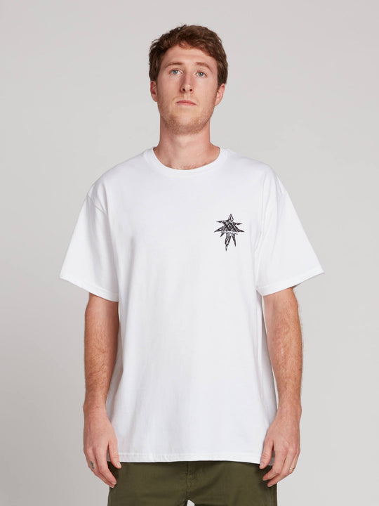 Gtxx Down South Bk Short Sleeve Tee In White, Front View