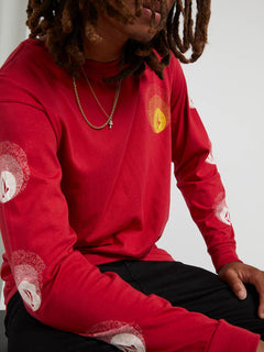 Future Stones Long Sleeve Tee - Engine Red (A3641905_ENR) [02]