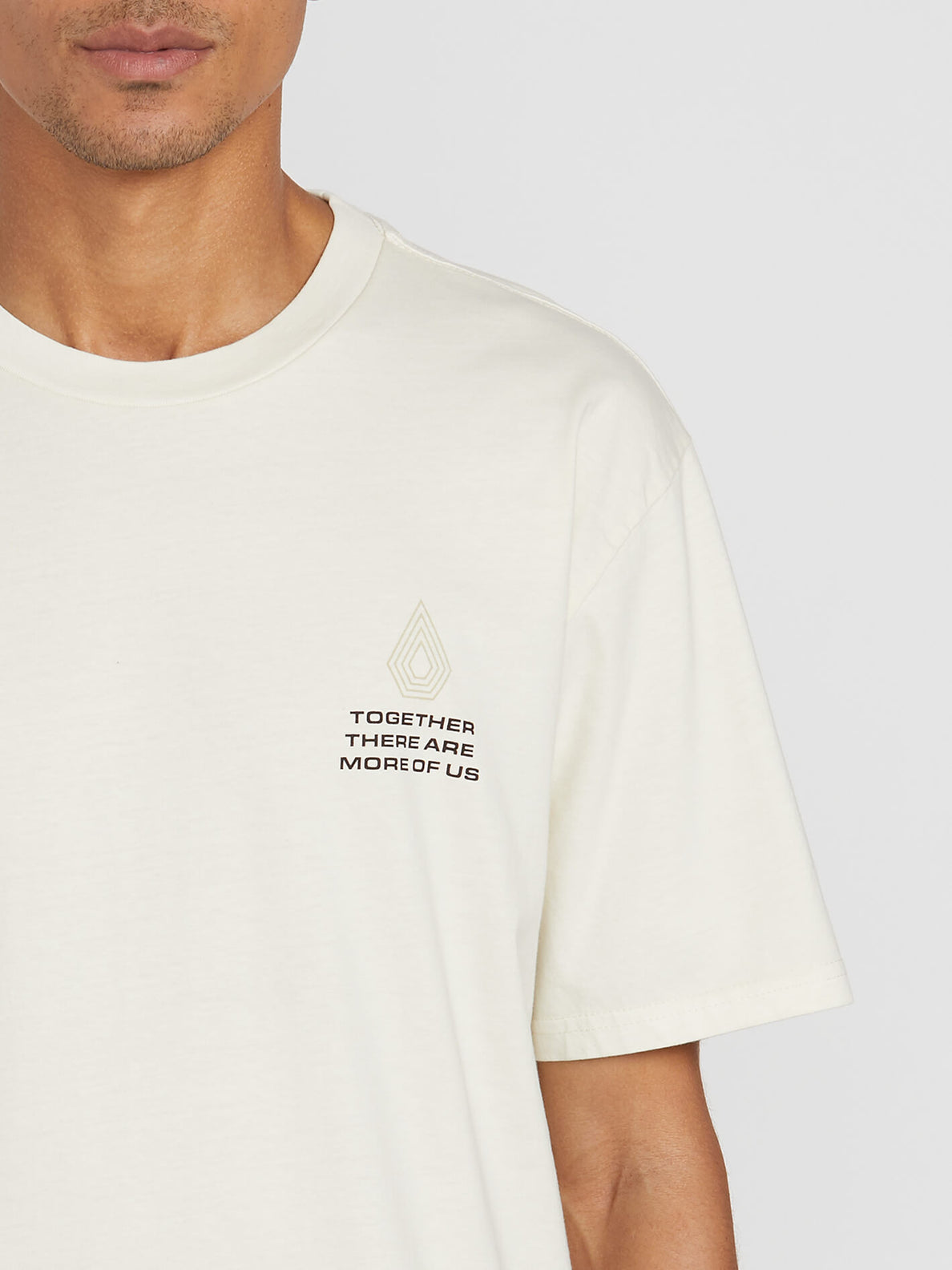 RADIATION S/S TEE (A4312000_OFW) [1]