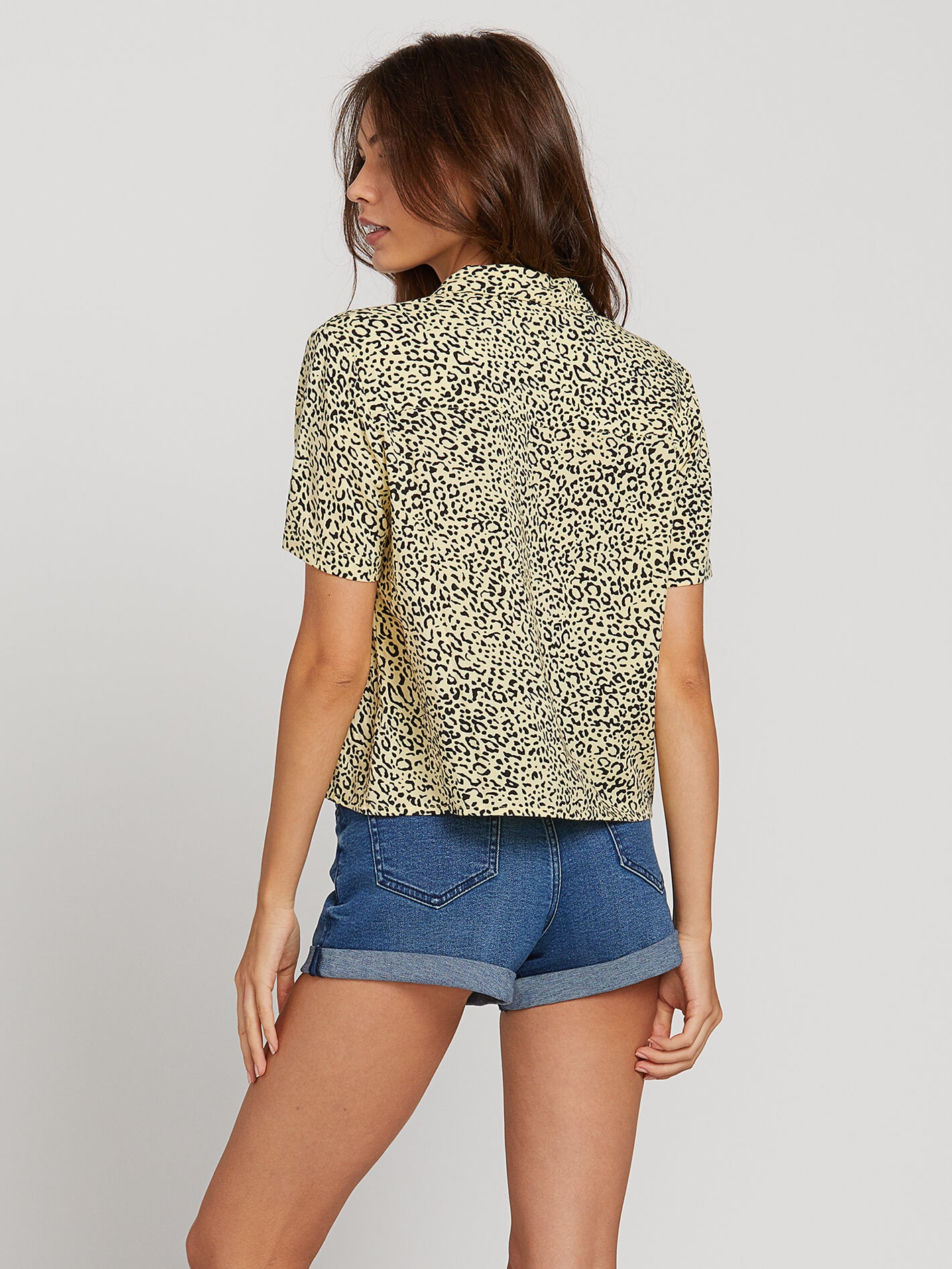 de1365ee Gen Wow Short Sleeve Shirt - Leopard in LEOPARD - Alternative View