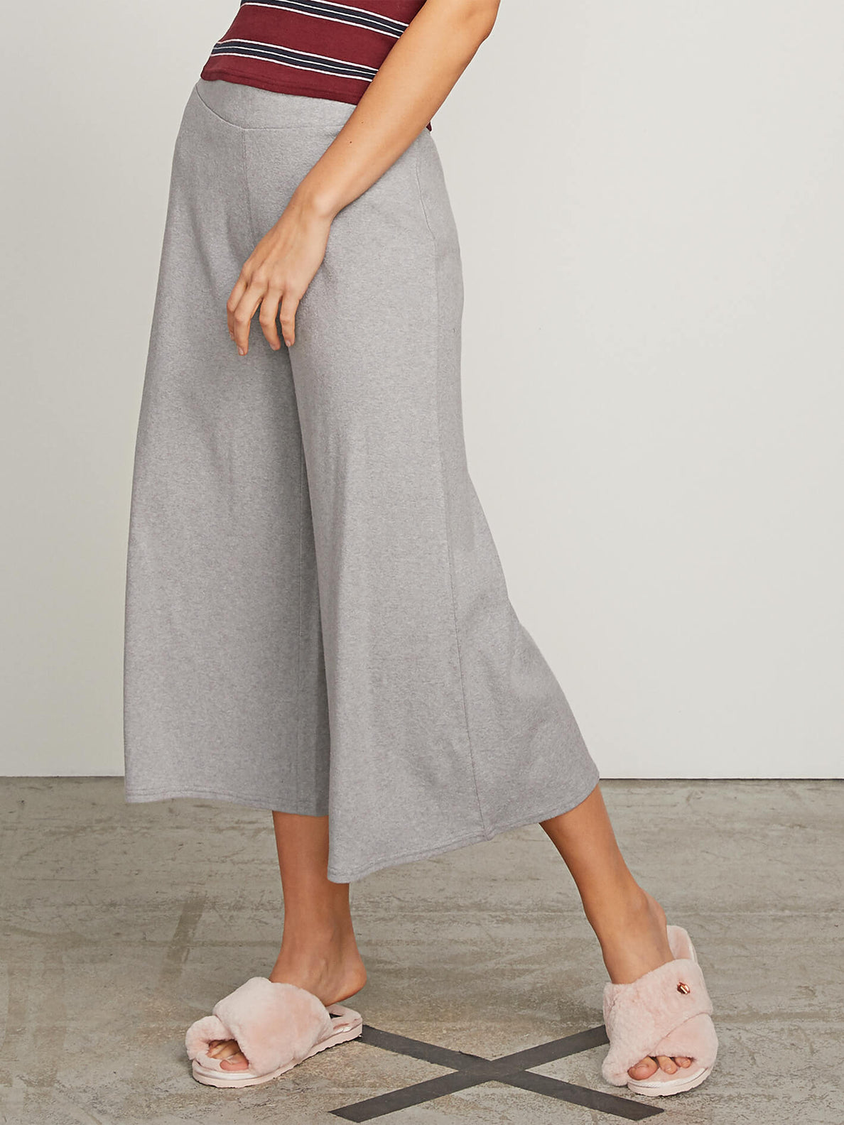 Lived In Lounge Pants In Heather Grey, Second Alternate View