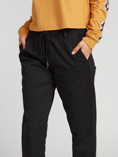 Frochickie Travel Pant - Black