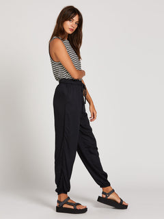 From Harlem Pants - Black (B1222005_BLK) [1]
