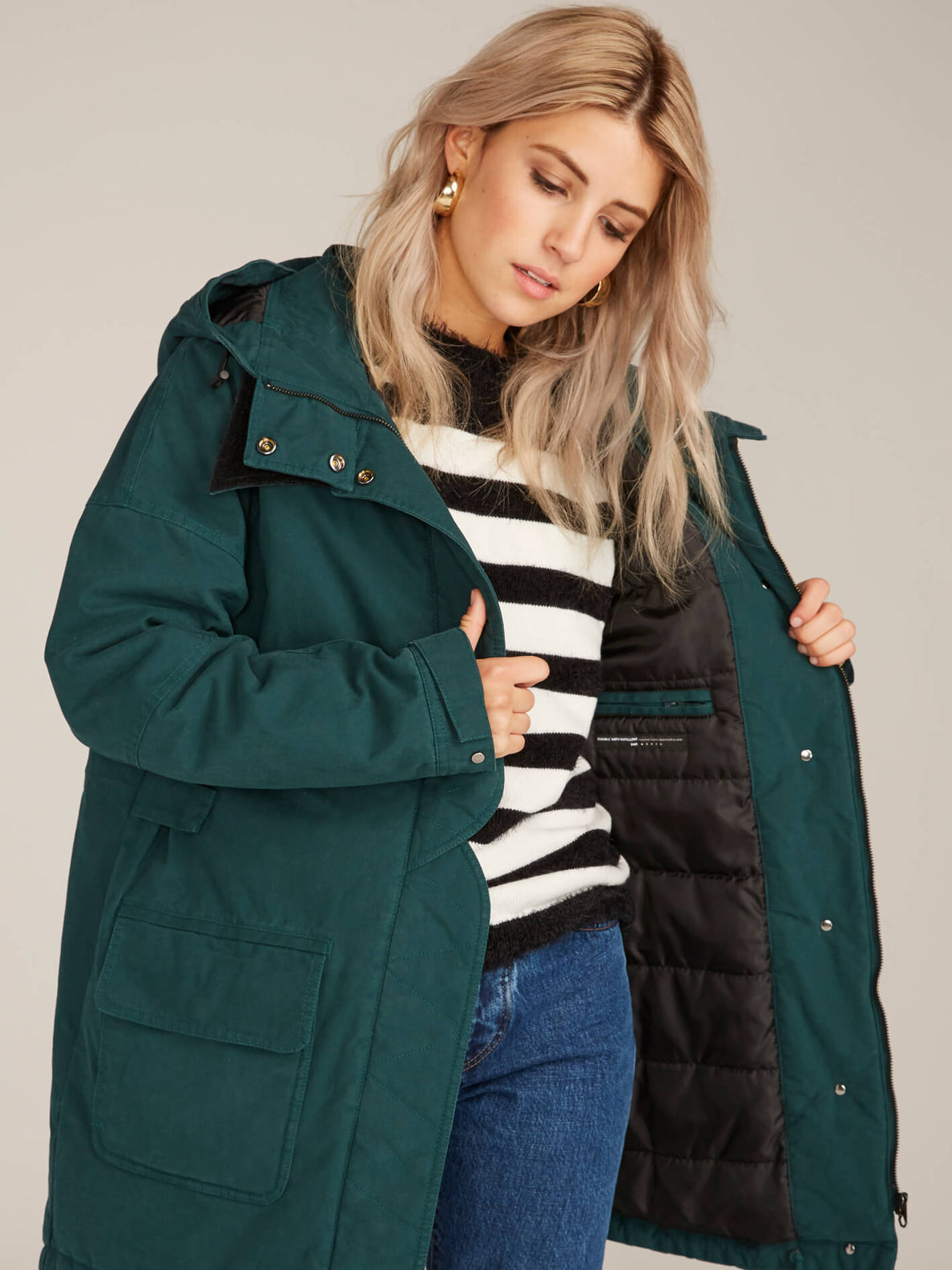 Volcover Parka In Evergreen, Fifth Alternate View