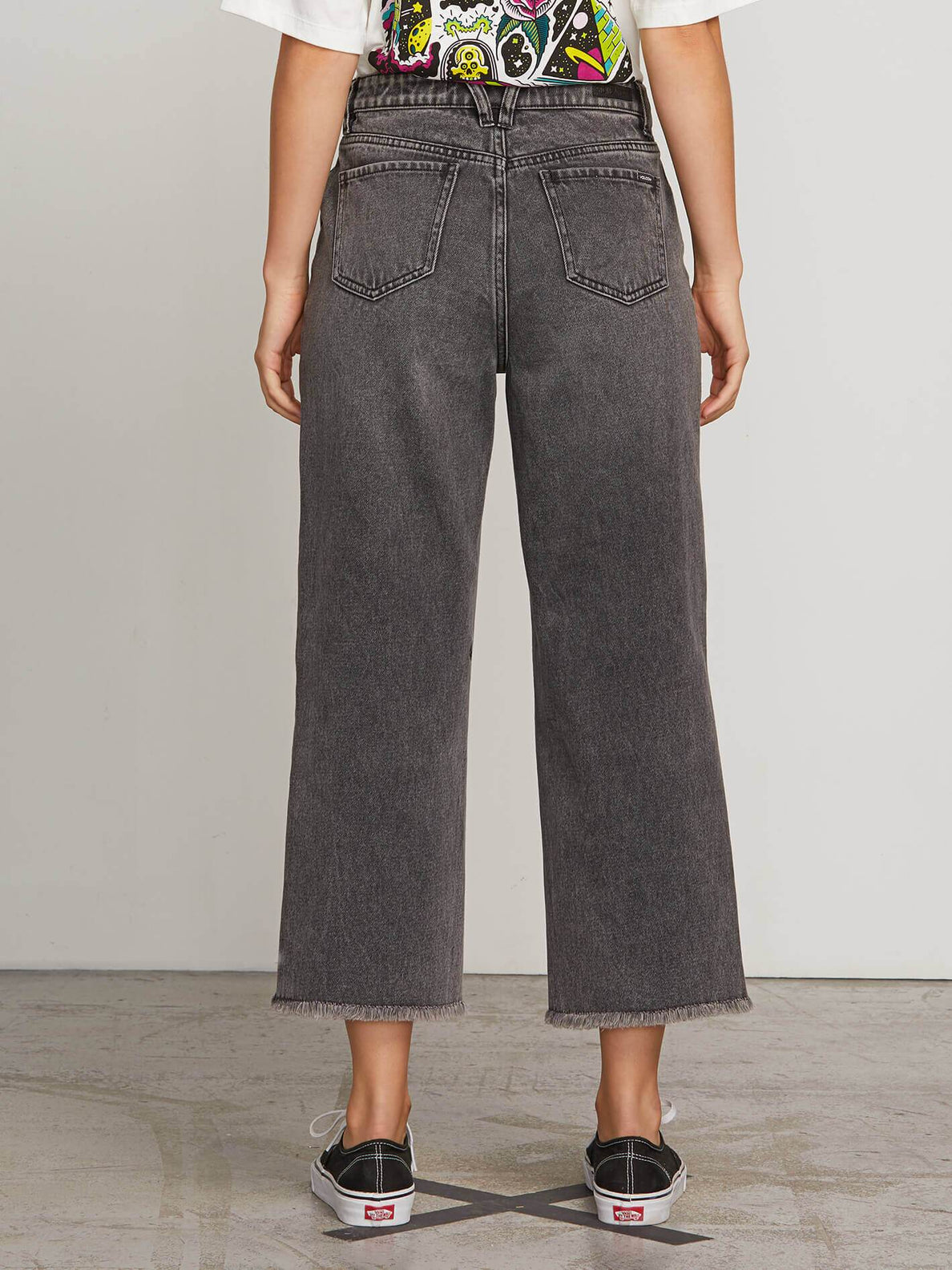 High & Dry Crop Jeans In Smoke, Back View