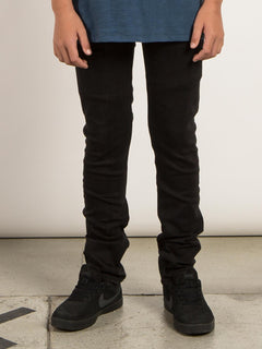 Big Boys Solver Modern Tapered Jeans In New Black, Front View