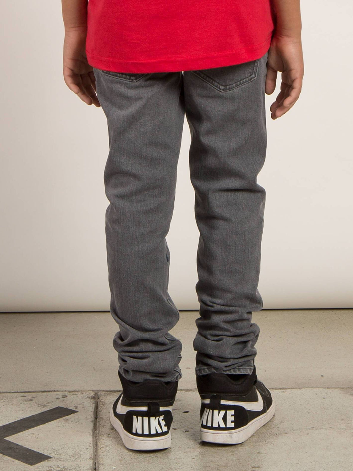 Big Boys Solver Modern Tapered Jeans In Power Grey, Back View