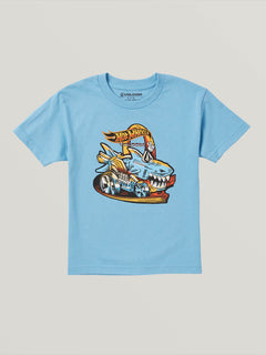 Big Boys Hot Wheels'Ñ¢ Sharkruiser Short Sleeve Tee In Light Blue, Front View