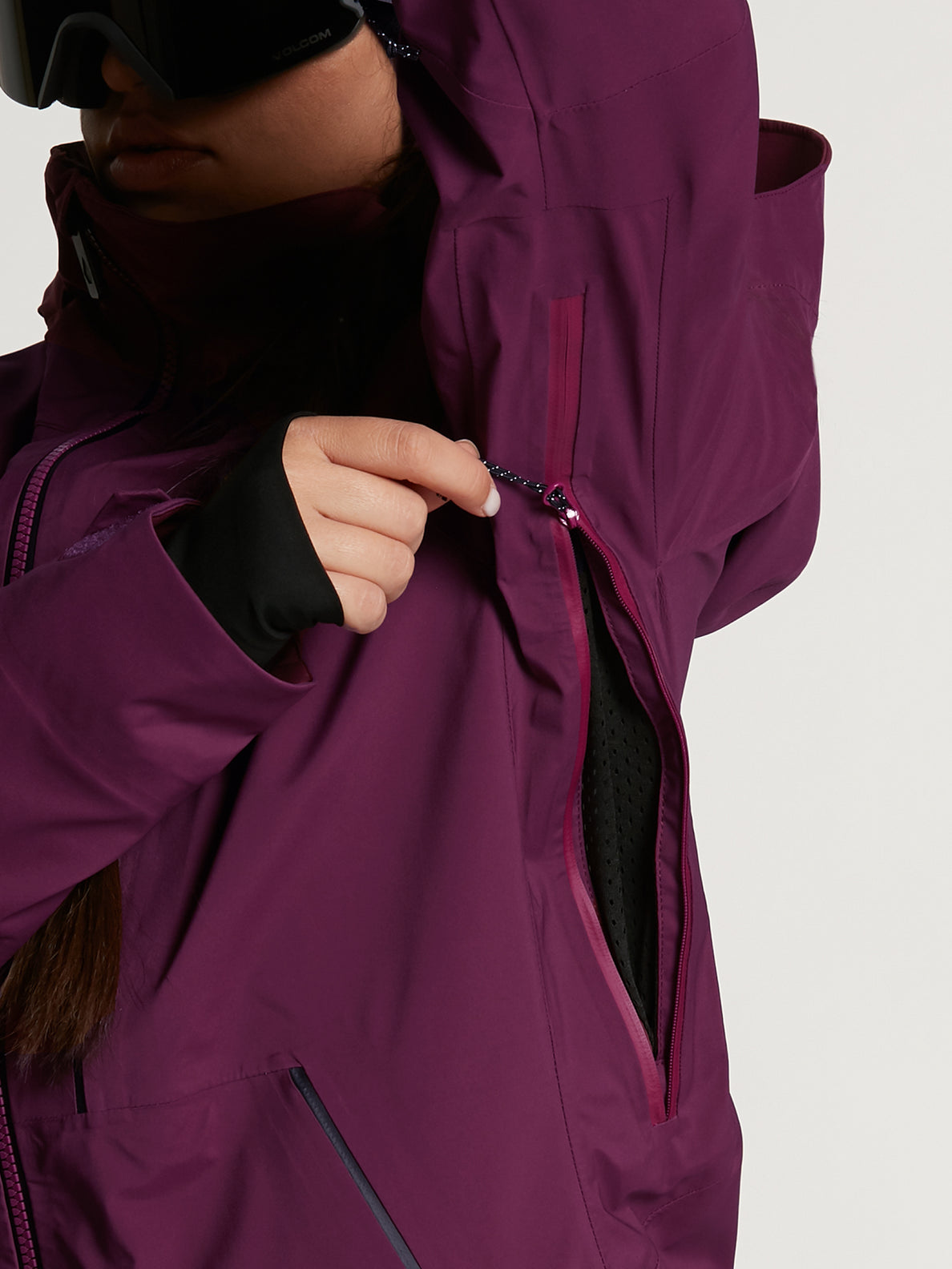 Womens VS Stretch GORE-TEX Jacket - Vibrant Purple (H0652103_VIB) [8]