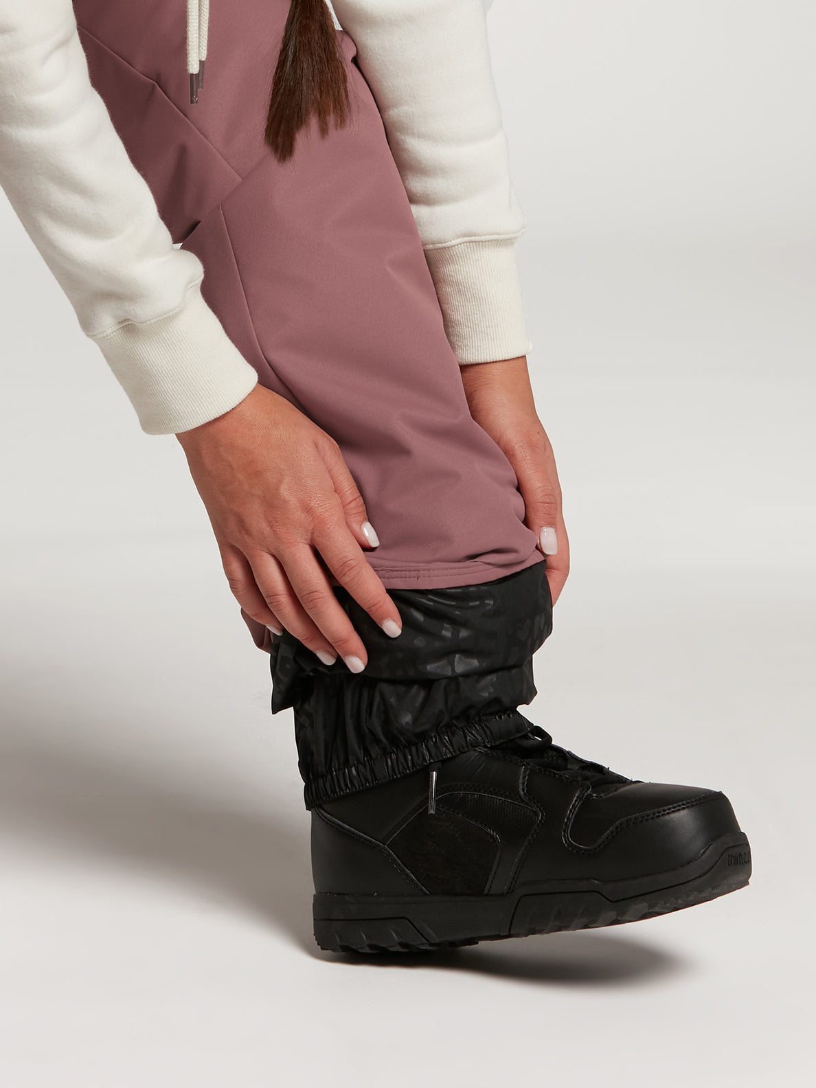 Womens Frochickie Insulated Pants - Black (H1252103_BLK) [17]