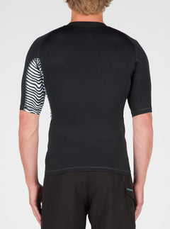 Vibes Short Sleeve Rashguard In Black, Back View