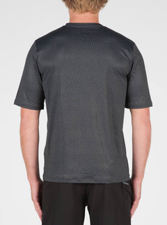 Distortion Surf Shirt In Stealth, Back View