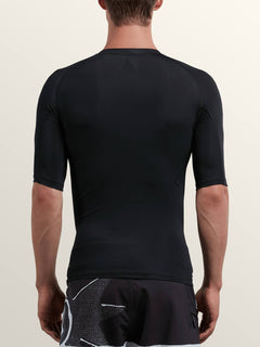 Lido Solid Short Sleeve Rashguard In Black, Back View