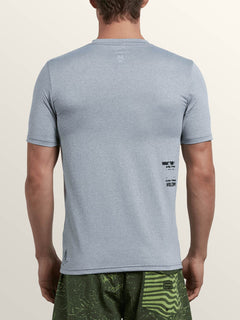 Lido Pixel Heather Short Sleeve Rashguard In Pewter, Back View