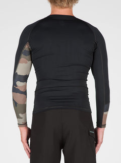 Vibes Long Sleeve Rashguard In Camouflage, Back View