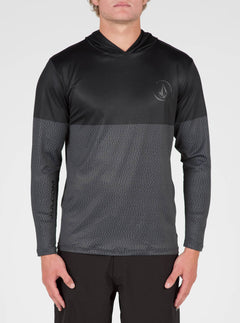 Distortion Block Long Sleeve Surf Shirt In Stealth, Front View