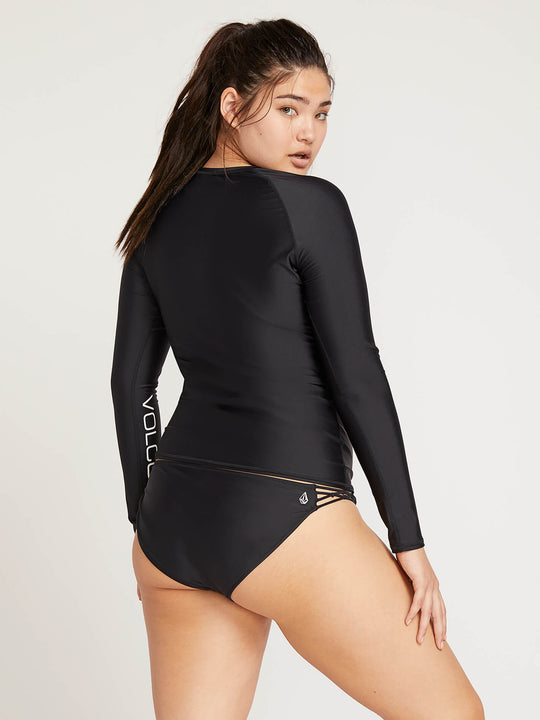 Simply Solid Long Sleeve Rashguard In Black, Back Extended Size View