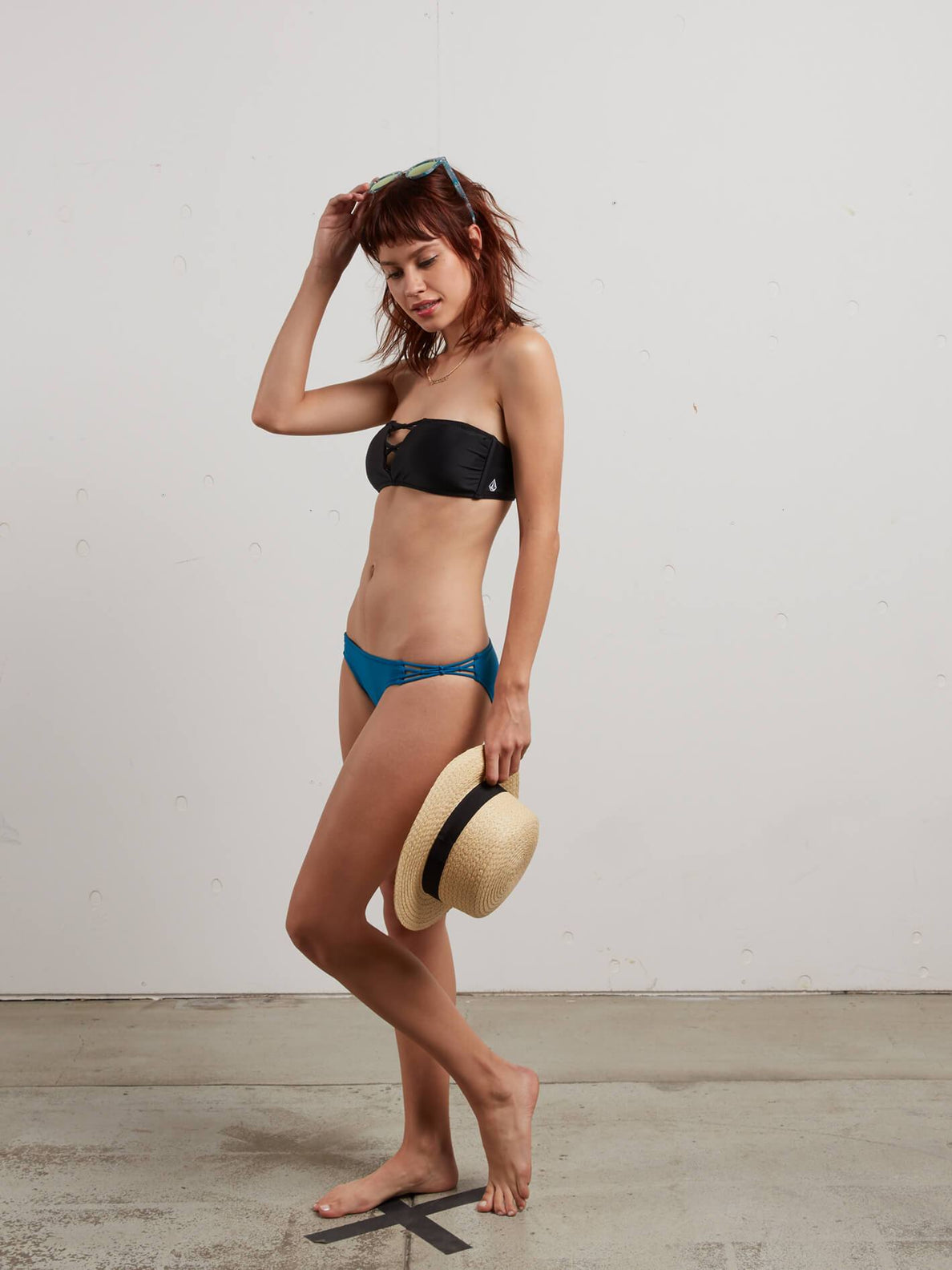 Simply Solid Bandeau In Black, Fourth Alternate View