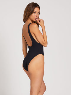 Simply Seamless One-Piece - Black (O3022000_BLK) [B]