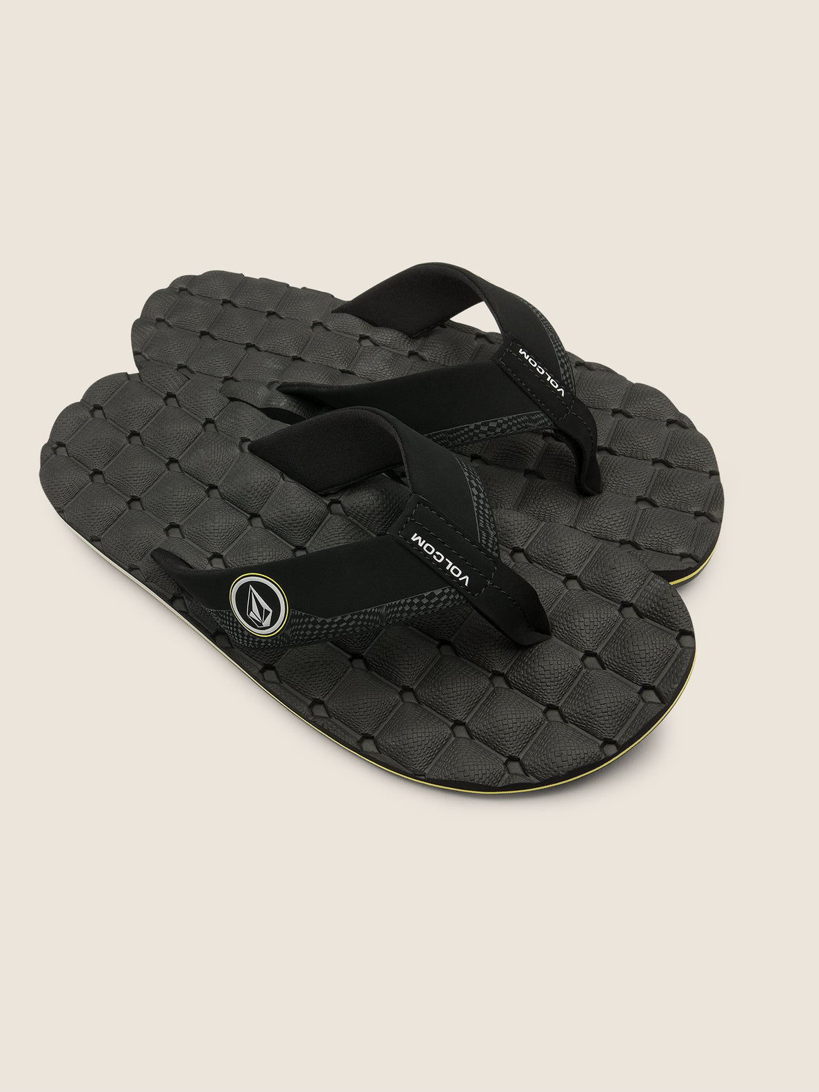 Recliner Sandals In Sulfur Black, Front View
