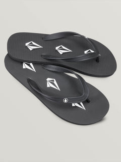 Rocker 2 Sandals - Stoney Black (V0811887_STY) [F]