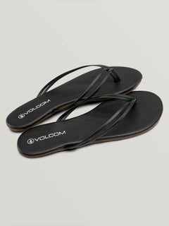 Wrapped Up Sandal - Black (W0831800_BLK) [F]