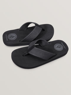 Big Boys Daycation Sandals In Black Destructo, Front View