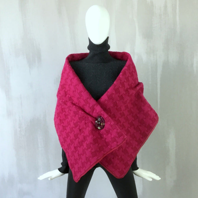 Louis Vuitton Women LV Large Pink Red Wool Tweed Evening Shawl Stole Wrap Scarf