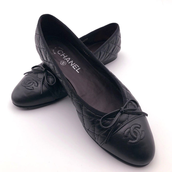 Chanel CC LOGO Classic Bow Black Quilted Leather Ballerina Flat Shoe Pump 39 5.5