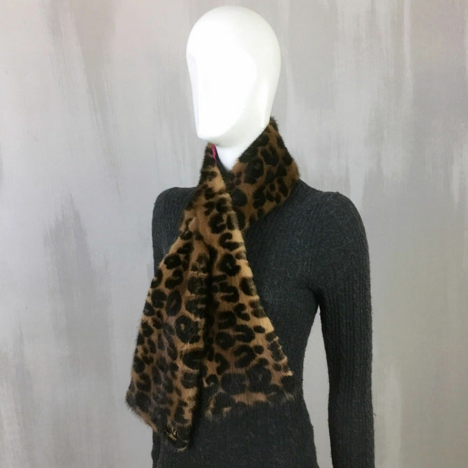 RARE Louis Vuitton Women Stephen Sprouse LV Logo MINK FUR Stole Collar Scarf