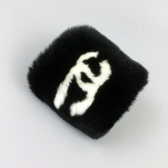RARE Chanel Rabbit FUR Wristband White CC Logo Black Bracelet Bangle Accessories