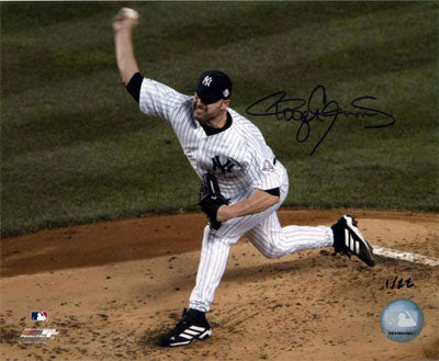 NY Yankees in Pinstripes Pitching at Release