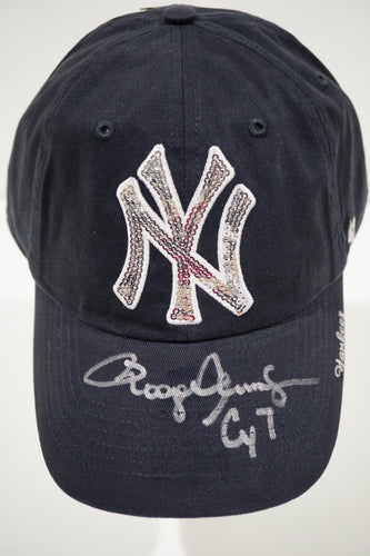 NY Yankees Navy Baseball Cap With Sequins in NY, CY7