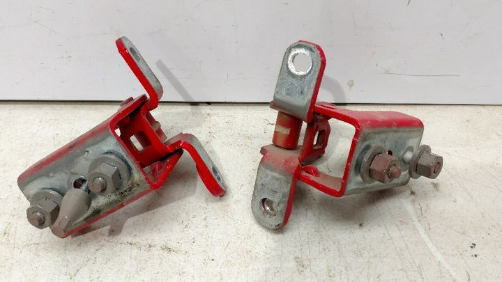 2011 FORD F150 PICKUP TRUCK King Series Trucks Parts Accessories DOOR HINGE REAR LH REAR DOOR HINGES UP&LOW SET RED 133.FD861