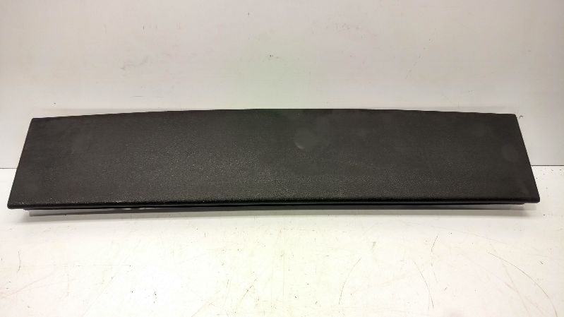 2015 JEEP CHEROKEE  INTERIOR PARTS MISC LIFTGATE WINDOW TRIM 1UD36DX9AA MID LIFTGATE WINDOW TRIM 1UD36DX9AA MID BLACK 299.AM8