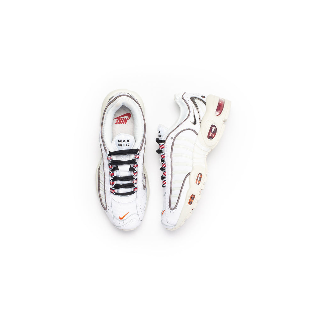 Nike Women's Air Max Tailwind IV SE (White/Black-Summit White)