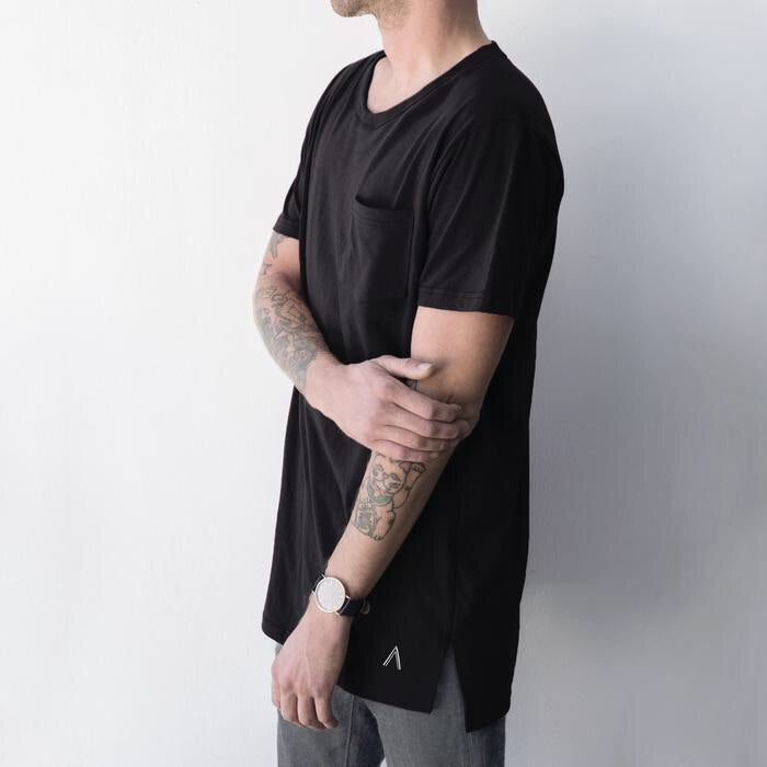 North and Acrux Split Hem Tee (Black)