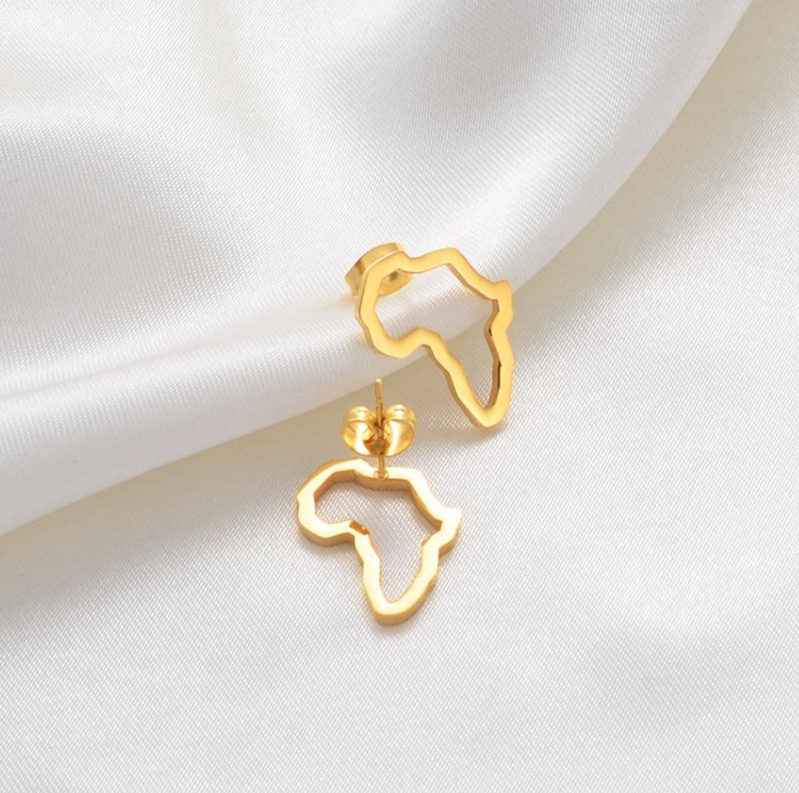 Africa outline studs 18K (TF)