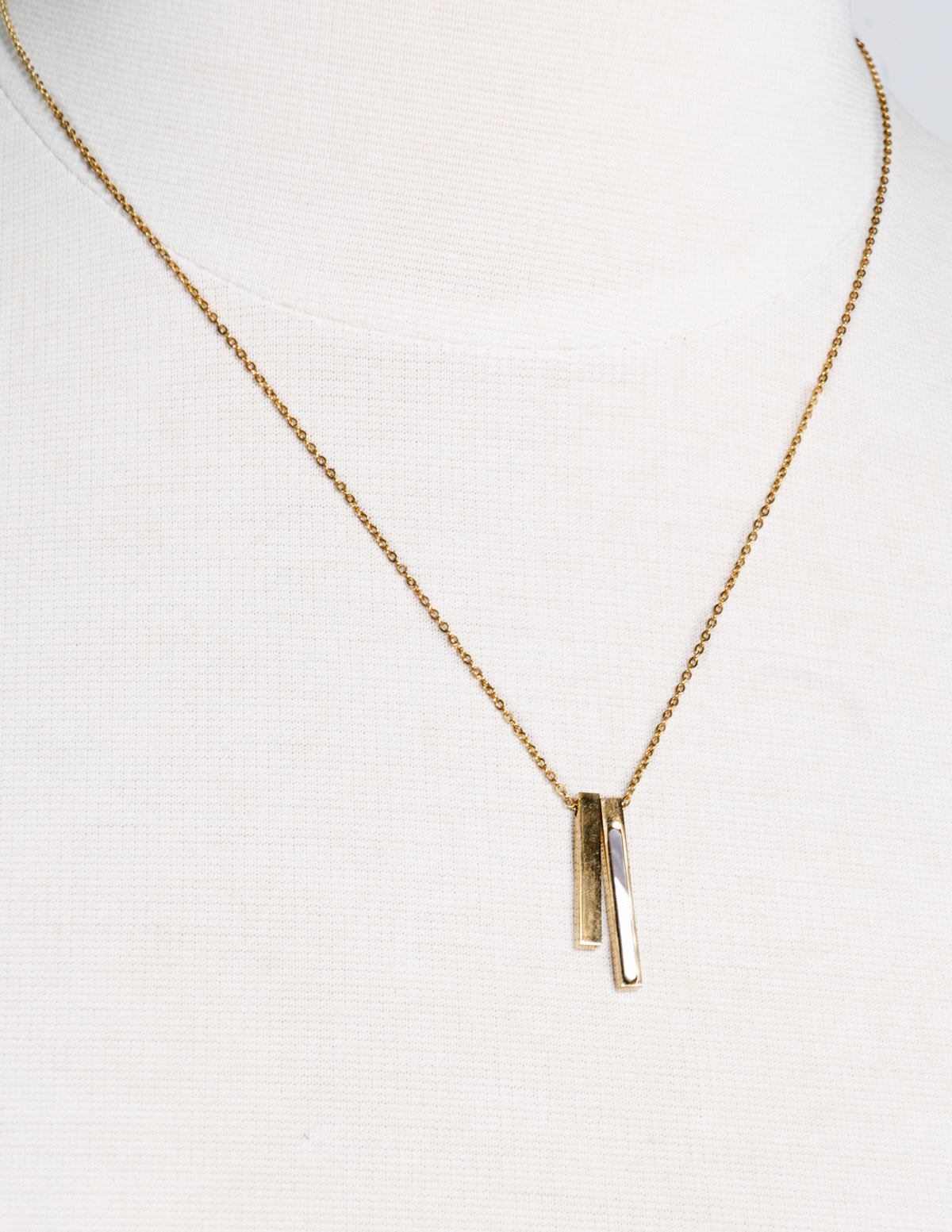CHLOE2 necklace pendent (GOLD) - TARNISH FREE - ebrook lael