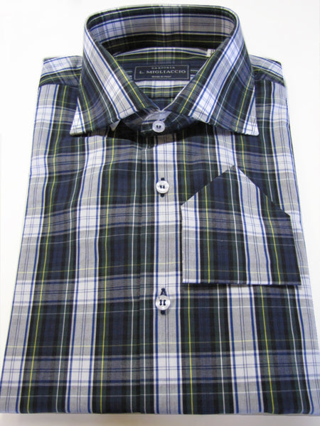 Sartorial trend fit shirt in bold plaid pattern handmade by crafted artisans in Italy.