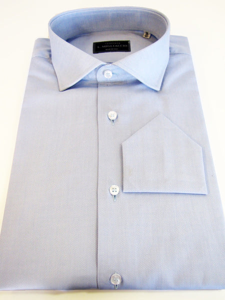 Sartorial classic fit solid shirt handmade by crafted artisans in Italy.