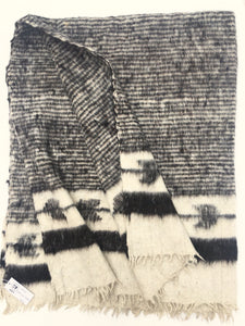 Black and Ivory Wool Chamarra blanket from Guatemala, Momos blanket, Homespun woolen, Natural Dyes.