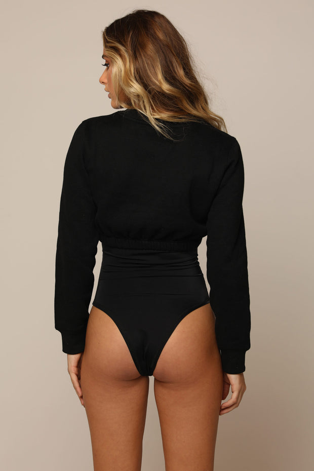 SOPHIA CROP JUMPER (Black)